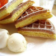 Découvrez la recette de Pâte à gaufres, Dessert à réaliser facilement à la maison pour 6 personnes avec tous les ingrédients nécessaires et les différentes étapes de préparation. Régalez-vous sur Recettes.net