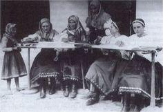 #Fačkov #Považie #Slovensko #Словакия #Slovakia Folk Costume, Costumes, Westerns, Culture, Retro, Travel, Life, Pray, Viajes