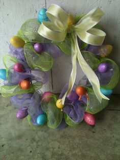 Easter wreath. Luv