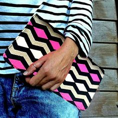 #missonistyle #loveprints #clutch