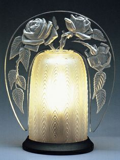 Art Deco Perfume Lamp: Rose, René Lalique, 1921, 18 x 14 x 9.5 cm