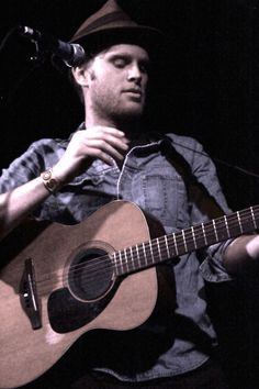 THE LUMINEERS lead singer Wesley Shultz... amazing voice and so good looking as well ♥ baby