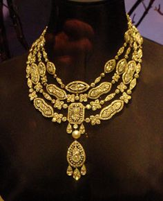 """""""Daddy's diamonds"""" - James B. Duke purchased this diamond & gold necklace from Cartier on December 24, 1908 for 18,500 fr. Mr. Duke collaborated w/ Cartier & supplied some of the diamonds. - Christie's sale of the Doris Duke Collection June, 2004"""