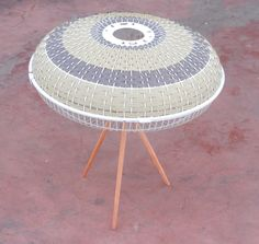 Recycled fan converted into designer lamp Furniture Projects, Furniture Makeover, Diy Furniture, Diy Projects, Repurposed Items, Repurposed Furniture, Painted Furniture, Industrial Fan, Old Fan