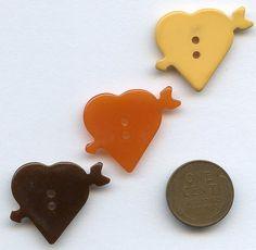 Bakelite heart with arrow buttons
