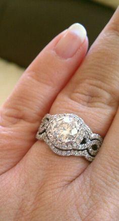 Engagement ring !!