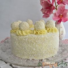 simonacallas - Pagina 3 din 30 - Desserts, sweets and other treats Snow Cake, Something Sweet, White Chocolate, Vanilla Cake, Cookie Recipes, Almond, Deserts, Food And Drink, Panna Cotta