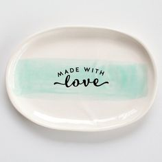 30% Off - This gorgeous 'Made With Love' platter is part of Toodles Noodles 'with love from us' collection a collaboration with JS Ceramics. This would make a beautiful gift for Mother's Day or addition to your own collection! It also comes in a beautiful natural cotton bag which is perfect if buying as a gift. Now on SALE at $27 down from $39. . http://ift.tt/2pE9tiy . #georgeandco #forkeepsstore #homedecor #sale #bargain #decor #homeware #handcrafted #handmade #madeinnz…