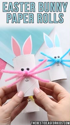 EASTER BUNNY PAPER ROLLS - such a cute Easter craft for kids! Use toilet paper rolls to turn them into a cute Easter bunny. Preschool and kindergarten kids willAn easy bunny craft for kids. This Easter bunny craft can also be turned into a card with a fre Easy Easter Crafts, Spring Crafts For Kids, Bunny Crafts, Paper Crafts For Kids, Easter Ideas, Cute Easter Bunny, Easter Art, Diy Osterschmuck, Diy Ostern