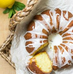 Lemon 7 Up Bundt Cake