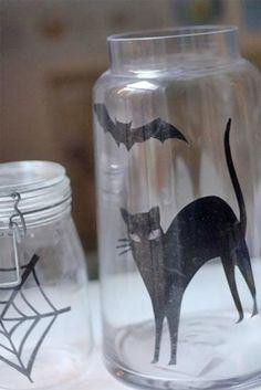 DIY Halloween : DIY Spooky Silhouette Vases: DIY Halloween Decor