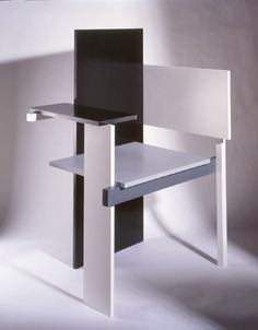gerrit rietveld holland 1923 in 1923 rietveld and the de stijl painter ...