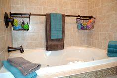 Use Extra Shower Curtain Rods to Increase Bathroom Storage & More « MacGyverisms :: WonderHowTo Bathtub Storage, Shower Storage, Closet Storage, Kids Storage, Storage Hacks, Storage Solutions, Storage Ideas, Extra Storage, Diy Shower