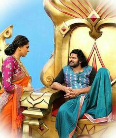 Rare Moments if Baahubali 2 Hollywood Actress Photos, Hollywood Couples, Bollywood Cinema, Bollywood Stars, Bahubali Movie, Bahubali 2, Arjun Sarja, Prabhas And Anushka, Prabhas Actor