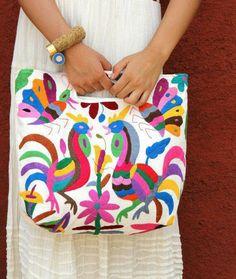 Bolsa bordada, de tela, Estado de México.