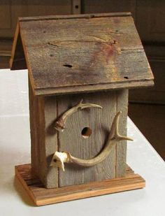 old barn wood and antler house Dad Crafts, Diy And Crafts, Bat Box, Wooden Bird Houses, Old Barn Wood, Wood Bird, Nesting Boxes, Bird Feeders, Projects To Try