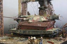 World War II scale models added a new photo. Railway Gun, Tank Armor, 40k Terrain, Model Tanks, Ardennes, Ww2 Tanks, Panzer, Model Ships, Model Pictures