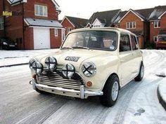 Mini Stance - Page 129 - Styling Mini Cooper S, Mini Cooper Classic, Classic Mini, Classic Cars, Minis, Mini Morris, Power Cars, Classic Motors, Mini Things