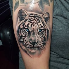 5 Most Popular Tiger Tattoos - Tattoo Designs Forarm Tattoos, Head Tattoos, Mom Tattoos, Body Art Tattoos, Tattoos For Guys, Tiger Tattoos For Men, Tatoos, Tiger Tattoo Small, Tiger Hand Tattoo