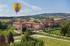 Rocca e Castello di Agazzano, volo in mongolfiera, sabato 26 luglio 2014. Per informazioni e prenotazioni: 0521 603127 oppure 339 3620249.