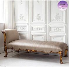 <![CDATA[Bring in comfort and plenty of luxury inside your room with the Versailles Gold Chaise Lounge. This beautiful chaise lounge echoes a sophisticated Victorian appeal. ]]>