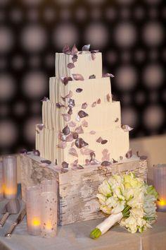 Photography: Lisa Lefkowitz - lisalefkowitz.com Event Design: Gloria Wong Design - gloriawongdesign.com  Read More: http://www.stylemepretty.com/2011/05/31/san-francisco-wedding-by-lisa-lefkowitz-2/