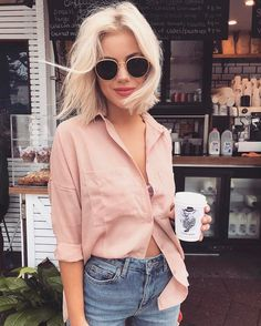"""6,682 mentions J'aime, 33 commentaires - Laura Jade Stone (@laurajadestone) sur Instagram : """"Yes please ☕️☕️ wearing @runwayscout"""""""
