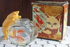【 AVON 】ネコのコロン(香水瓶)ネコと金魚鉢 ヴィンテージパフュームボトル - ヴィンテージ・アンティーク猫雑貨、輸入猫雑貨、猫用品 La Maison du Chat Noir|ラ・メゾン・デュ・シャノワール