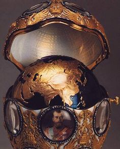 Royal Romanov Faberge Egg - the tsars loved rose gold.