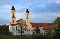 Irsee, Pfarrkirche Mariä Himmelfahrt, Peter und Paul (ehem. Kloster)