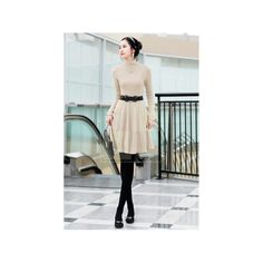 Elegant beige Kleid Modell: Katelyn, 18,90 €, Phobo Onlineshop -