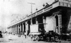 El desaparecido Portal de la Magdalena, construcción del siglo XIX que estuvo en el cruce de la calle de Juárez y el Río Tacubaya, hoy Avenida Jalisco y Rufina, en el centro de Tacubaya. En el interior de este portal se encontraban diversos comercios y fue demolido en la década de los cincuenta para ampliar la avenida Jalisco.