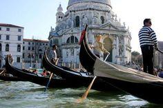 Private Tour: Venice Gondola Ride...