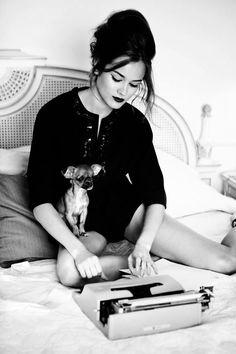 "Polish model Monika ""Jac"" Jagaciak with an Italian Olivetti typewriter and the luckiest Mexican Chihuahua ever!"