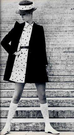 Ted Lapidus L'officiel 1969 Sixties Fashion, Retro Fashion, Vintage Fashion, Vintage Couture, Twiggy, 1960s Style Makeup, Ted Lapidus, Jean Shrimpton, Pantalon Large