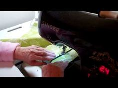 3. Making a Charming Tote / Purse with Zipper Part 3 putting zipper in