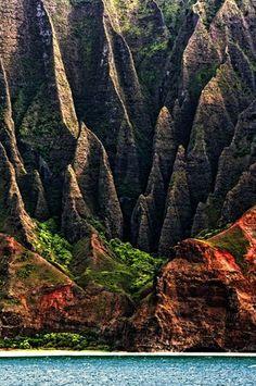 Check. Na Pali Coast - Kauai, Hawaii The opening scene to Jurassic Park was filmed here. If we ever go back I want to hike the Kalalau Trail on the Na Pali Coast!