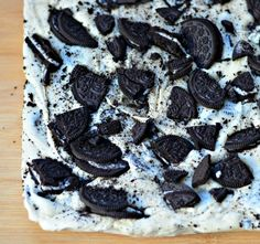 Cookies & Cream Fudge for Holiday Baking