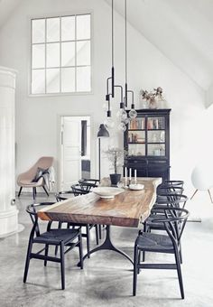 5 dreamy spaces - DailyDreamDecor | @denisaluntraru Dining Light