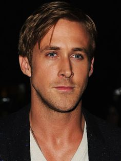 Ryan Gosling, look at those gorgeous eyes! a ryan gosling kinda day Celebrity Gallery, Celebrity Crush, Hot Celebrity Guys, Ryan Gosling Movies, Ryan Gosling Young, Ryan Gosling Hair, Ryan Gosling The Notebook, Ryan Gosling Drive, Actor