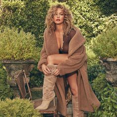 """Jennifer Lopez didn't """"love herself"""" in her 30s. The 51-year-old singer and actress has revealed she attended therapy throughout her 30s, and although she believed at the time she had plenty of self-love, she now understands that her """"personal relationships"""" were not ideal..."""