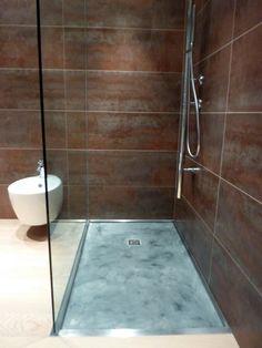 28 Fantastiche Immagini Su Bagni In Resina Bathroom Modern Half