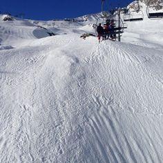 Hallelujah !!!  #ski #ride #montain #snow #winter #pyrenees #cauterets #passion #love #friends #sun #landscape #vscocam #vscogood #vsco #amazing @cauterets @npyski #nofilter by fanny_jouss