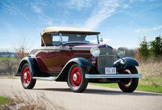 1932 Ford V8 Deluxe Roadster (18-40)