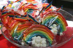 IMG 1141 650x433 Over the Rainbow {Birthday Party}