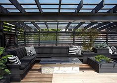 Modern House Design - amazing rooftop patio This is a great rooftop terrace and pergola.This is a great rooftop terrace and pergola. Rooftop Design, Terrace Design, Patio Design, Outdoor Rooms, Outdoor Living, Outdoor Decor, Outdoor Areas, Outdoor Furniture, Design Exterior