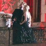 Avril Lavigne se casó de negro