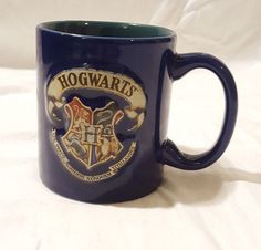 Harry Potter HOGWARTS Coat Of Arms Colorful 3D COFFEE MUG ~ Hallmark 2000 ~