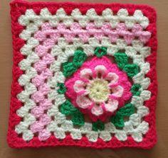 Sonia Granny Square Crochet Squares, Crochet Granny, Granny Squares, Crochet Cushions, Lana, Scrap, Diy Crafts, Blanket, Knitting
