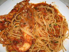 Un primo piatto di mare buonissimo..che ho preparato durante la mia permanenza in Sardegna..la ricetta appartiene a mia madre e la prese...